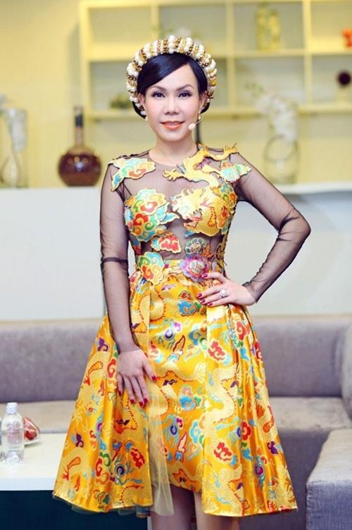 viet huong long lay thu trang phuc cho gala vn's got talent - 11