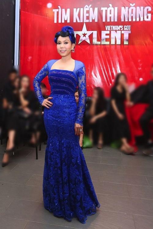 viet huong long lay thu trang phuc cho gala vn's got talent - 12