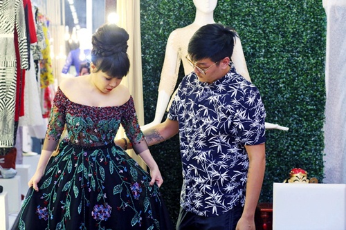 viet huong long lay thu trang phuc cho gala vn's got talent - 4