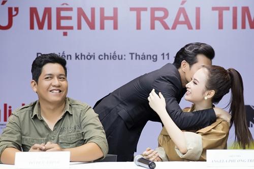 """angela phuong trinh dong cap voi """"nguoi tinh tin don"""" tran bao son - 6"""
