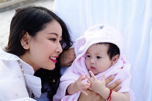 5 cô con gái xinh không kém mẹ của các Hoa hậu Việt-2