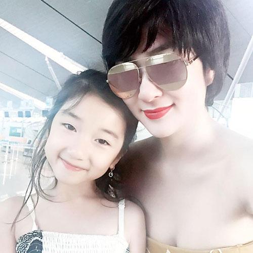 5 cô con gái xinh không kém mẹ của các Hoa hậu Việt-7