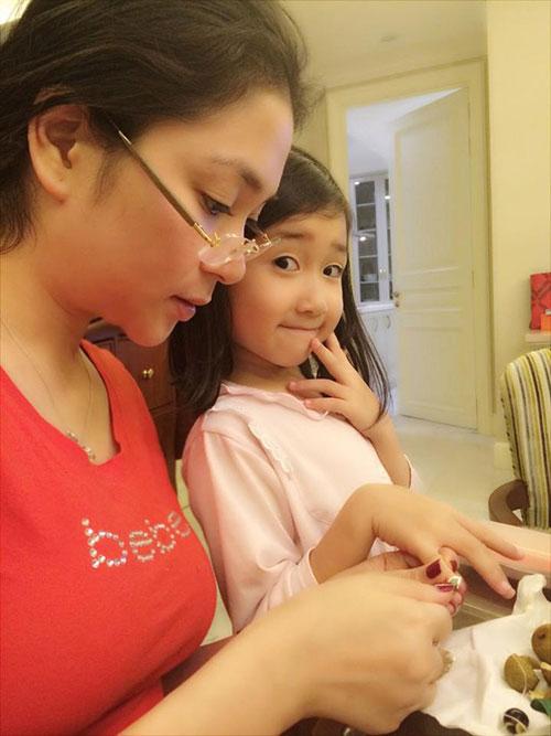 5 cô con gái xinh không kém mẹ của các Hoa hậu Việt-8