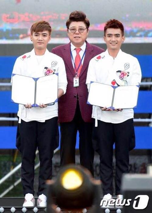"""""""Gà cưng"""" của Thanh Thảo nhận giải thưởng tại Hàn Quốc-6"""