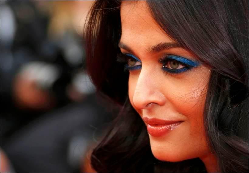 Hoa hậu đẹp nhất thế giới hóa nữ thần trên thảm đỏ Cannes-3