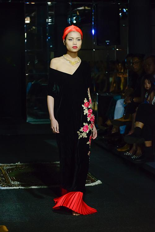 Người mẫu đồng tính mở màn BST Xuân Hè của NTK Li Lam-6
