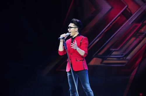 """""""Hoàng tử buồn"""" của X-Factor khóc nức nở, Tùng Dương chạy lên an ủi-15"""