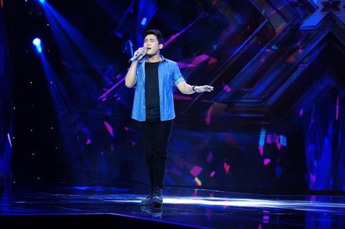 """""""Hoàng tử buồn"""" của X-Factor khóc nức nở, Tùng Dương chạy lên an ủi-11"""