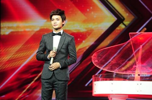 """""""Hoàng tử buồn"""" của X-Factor khóc nức nở, Tùng Dương chạy lên an ủi-2"""
