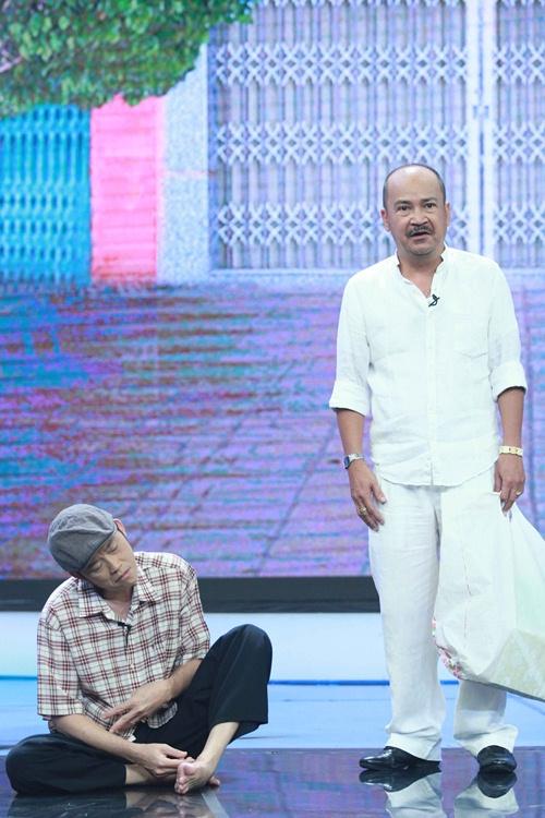 Hoài Linh, Thúy Nga đóng giả ăn xin tật nguyền lừa đảo-2