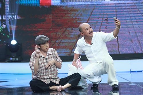 Hoài Linh, Thúy Nga đóng giả ăn xin tật nguyền lừa đảo-5