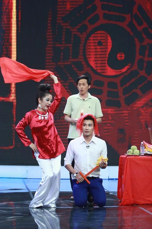 Hoài Linh, Thúy Nga đóng giả ăn xin tật nguyền lừa đảo-18