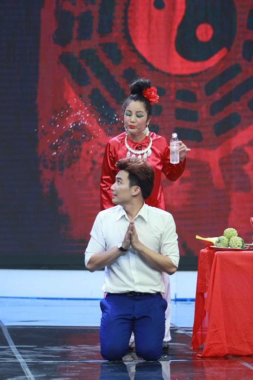 Hoài Linh, Thúy Nga đóng giả ăn xin tật nguyền lừa đảo-19