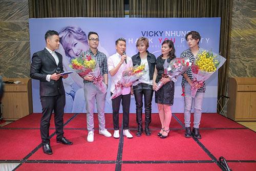 "dam vinh hung duoc hoc tro vicky nhung goi la ""dai ca"" - 18"