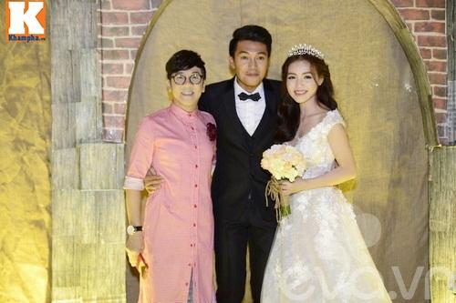 Ngọc Lan và người yêu nắm tay đi đám cưới Quang Tuấn - Linh Phi-6