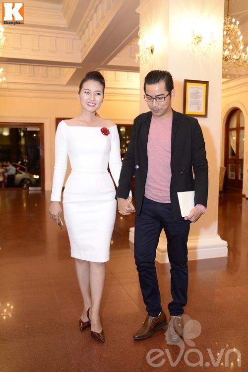 Ngọc Lan và người yêu nắm tay đi đám cưới Quang Tuấn - Linh Phi-1