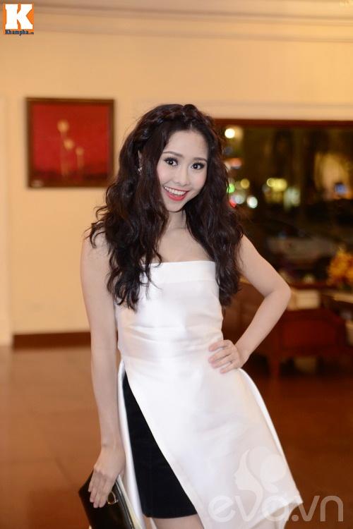 Ngọc Lan và người yêu nắm tay đi đám cưới Quang Tuấn - Linh Phi-20