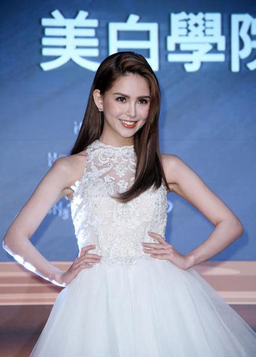 Sau sinh, vợ Châu Kiệt Luân đẹp như nữ thần-1