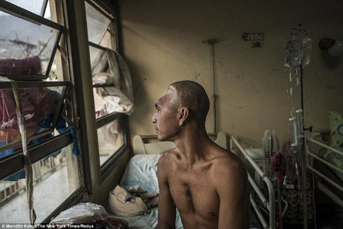 Thảm cảnh tồi tàn bên trong các bệnh viện ở Venezuela-2