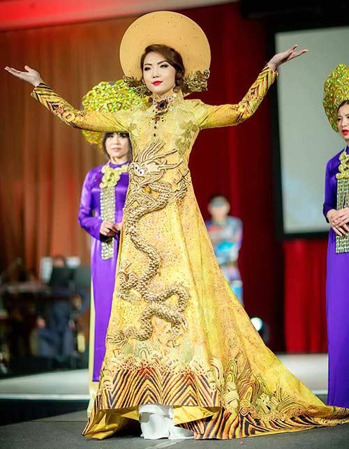 hh jennifer chung long lay voi ao dai rong phuong - 1