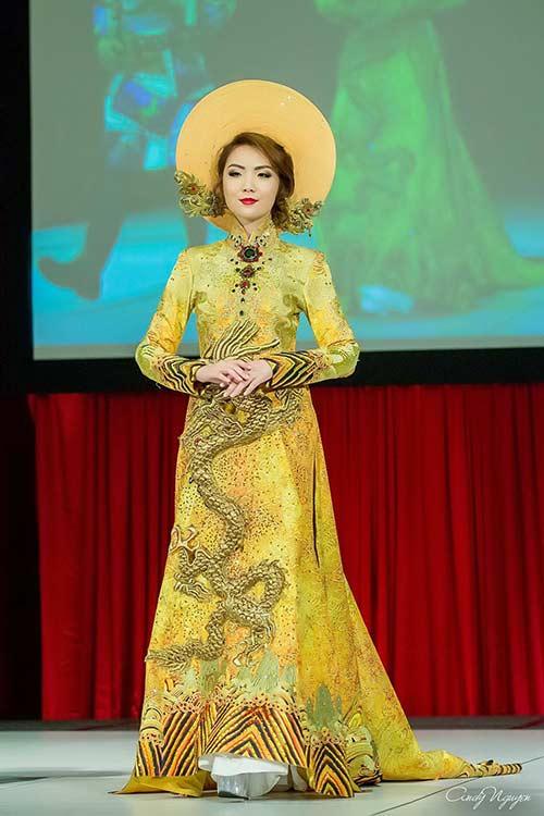 hh jennifer chung long lay voi ao dai rong phuong - 3