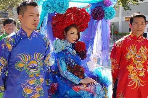hh jennifer chung long lay voi ao dai rong phuong - 6