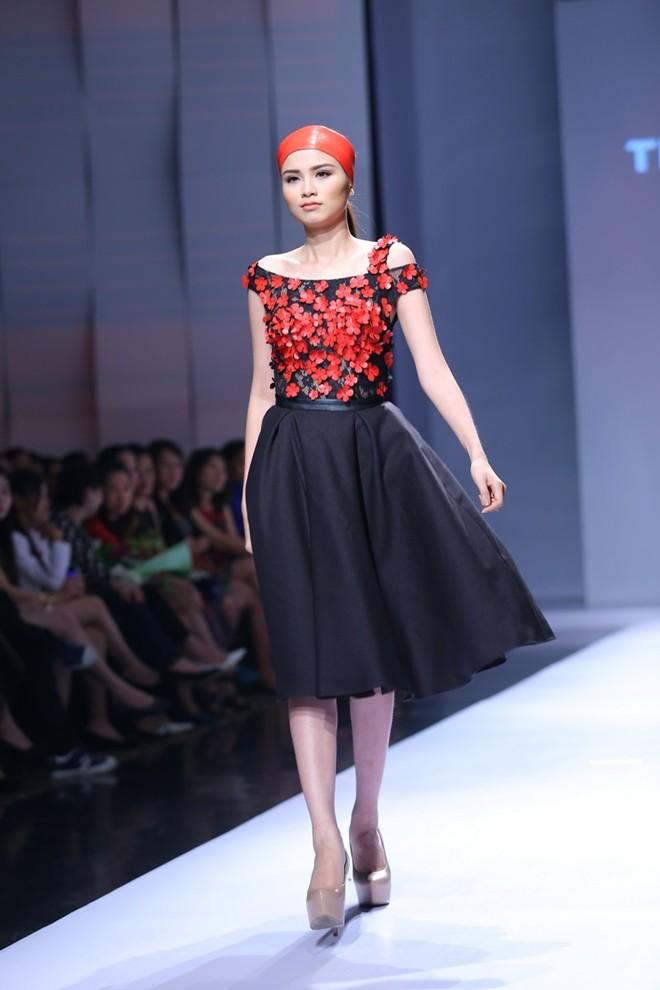 Hoa hậu Diễm Hương tự tin làm mẫu dù chỉ cao 1m71-14