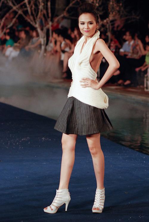 Hoa hậu Diễm Hương tự tin làm mẫu dù chỉ cao 1m71-15
