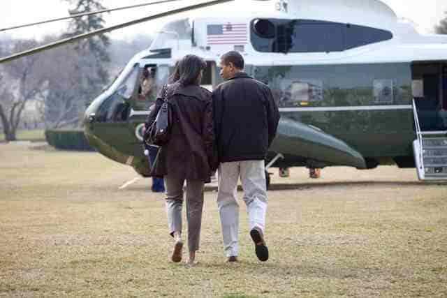 """""""soi"""" sieu truc thang cua obama dang o san bay noi bai - 2"""