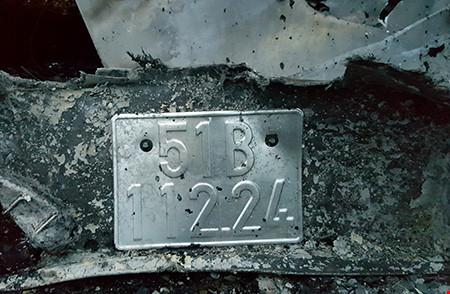 Hiện trường kinh hoàng vụ 2 xe khách tông nhau bốc cháy-11