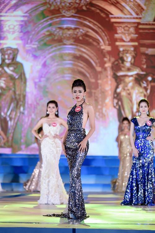 Mãn nhãn với đêm chung kết Hoa hậu biển VN 2016-10