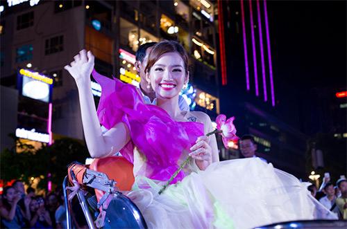 van hoa ao dai song day tai thanh pho mang ten bac - 4