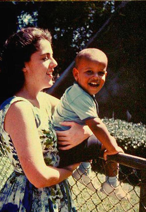 Những hình ảnh để đời của Tổng thống Obama-3