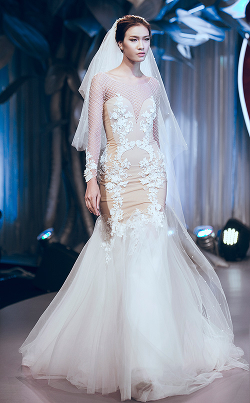 Minh Tú lộng lẫy với váy cưới đính 10 ngàn viên đá swarosky-9