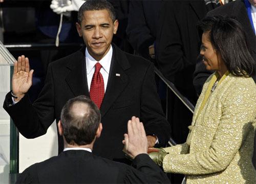 Những hình ảnh để đời của Tổng thống Obama-17