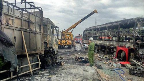 """Vụ tai nạn 12 người chết: Chiếc xe máy """"bí ẩn"""" ở hiện trường-1"""