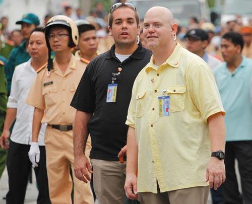 Đặc vụ Mỹ thân thiện với người dân Sài Gòn-3