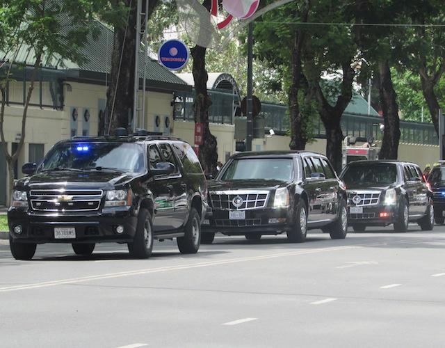 Khám phá dàn siêu xe chở Tổng thống Obama ở Sài Gòn-3