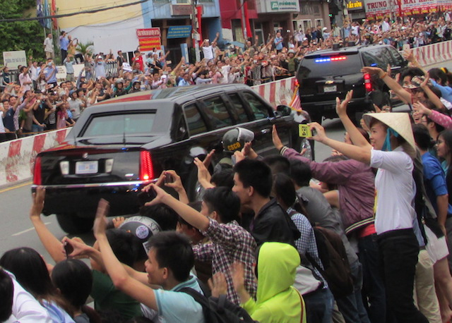 Khám phá dàn siêu xe chở Tổng thống Obama ở Sài Gòn-9
