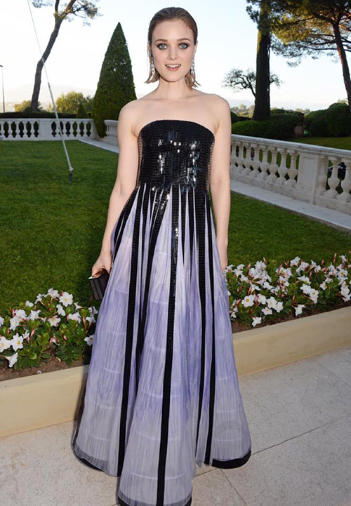 Những chiếc váy gây tốn giấy mực nhất tại Cannes 2016 - 4