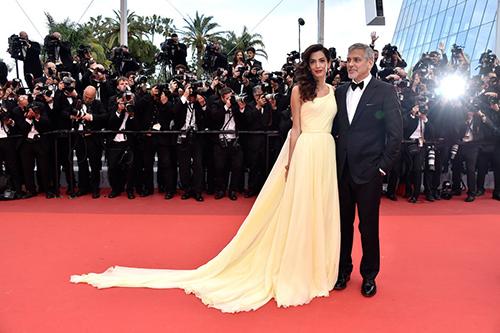 Những chiếc váy gây tốn giấy mực nhất tại Cannes 2016 - 1