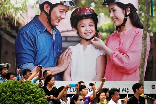 Hình ảnh Obama đến Việt Nam qua lăng kính quốc tế-15