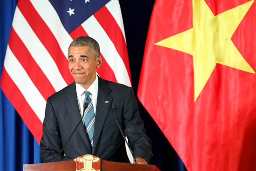 Hình ảnh Obama đến Việt Nam qua lăng kính quốc tế-16