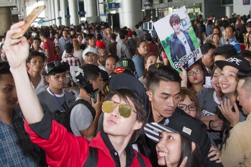 """my nam """"tinh yeu khong co loi"""" lien tuc """"tu suong"""" cung fan viet - 11"""
