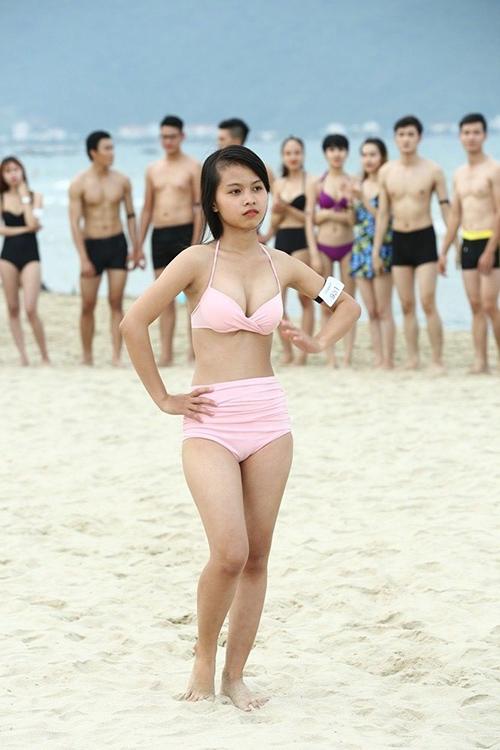 lan dau tien thi sinh 1m57 vuot qua so khao next top - 1