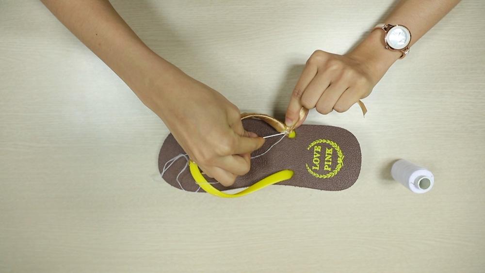 che tong thanh sandals sieu xinh di bien - 5