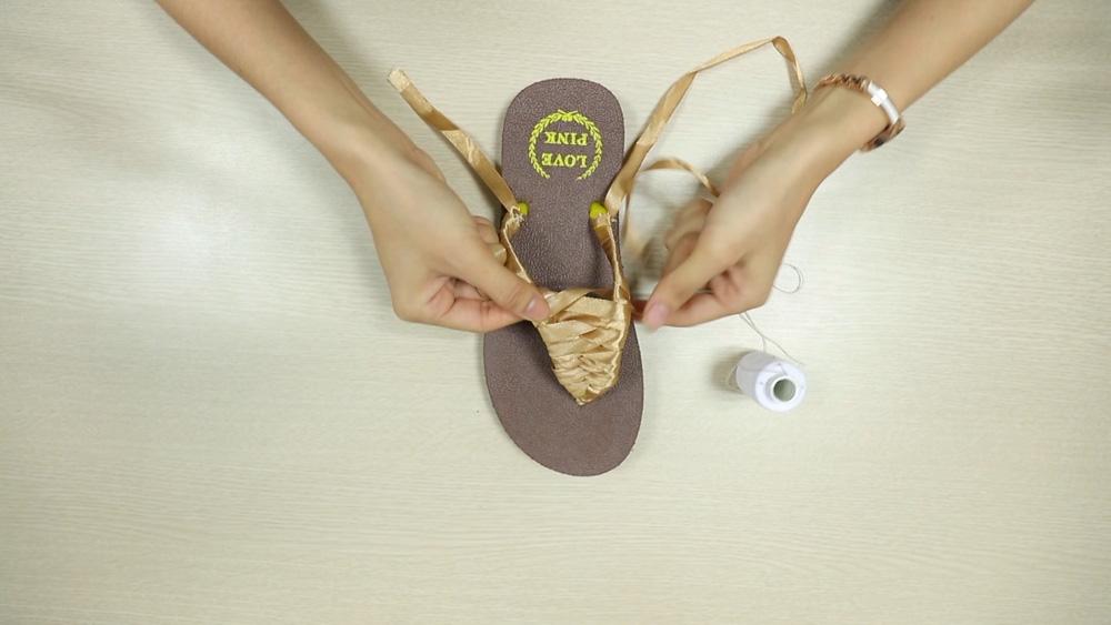 che tong thanh sandals sieu xinh di bien - 6