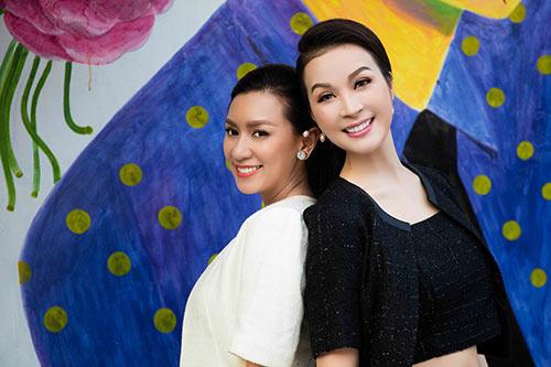 "doi ban than y phung - thanh mai ""do"" ve xinh dep khi hoi ngo - 5"