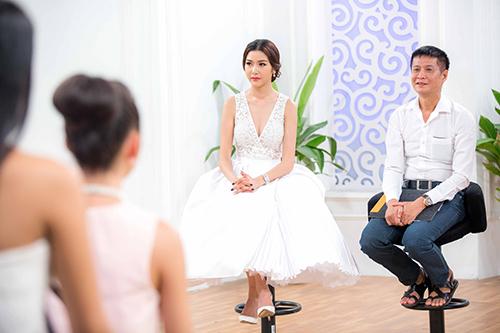 thuy van huan luyen thi sinh hoa khoi ao dai ung xu truoc chung ket - 5