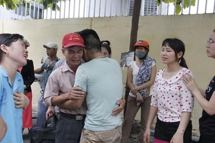 """chuyen di """"phan thuong"""" thanh chuyen di tu than - 1"""